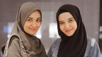 <p><strong>Zaskia dan Shireen Sungkar</strong>  Zaskia dan Shireen Sungkar sejak remaja sudah muncul di layar kaca. Mereka bahkan pernah berduet dalam grup The Sister. Tapi, saat ini Zaskia dan Shireen sudah tidak terlalu sering bermain di film atau pun sinetron. (Foto: Instagram @zaskiasungkar15)</p>