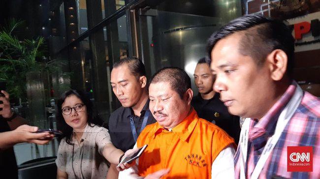 Perpanjangan penahanan Bupati Bengkalis nonaktif Amril Mukminin mulai 5 April hingga 5 Mei 2020 di Rutan Klas I Jakarta Timur Cabang KPK.