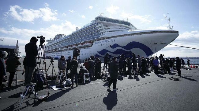 Kementerian Kesehatan Jepang mengonfirmasi tambahan 41 penumpang kapal pesiar Diamond Princess positif mengidap virus corona, total menjadi 61 korban.