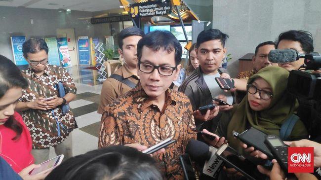 Menparekraf Wishnutama mengaku merekrut konsultan pariwisata yang pernah menangani Vietnam dan Thailand untuk menyusun strategi kepariwisataan RI.