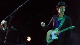 Gitaris Radiohead Bersiap Debut Solo Lewat Album Earth