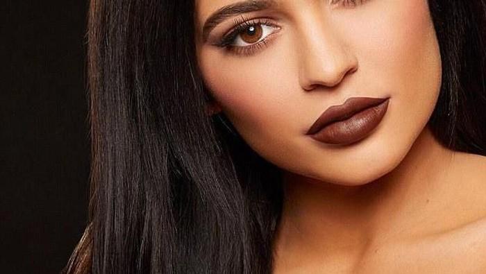 Kylie Jenner Dituduh Contek Karya Vlada Haggerty