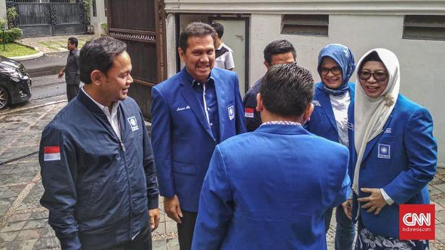 Bima Arya menyebut tiga alasan mengapa Asman Abnur punya modal lengkap menjadi calon ketua umum PAN.