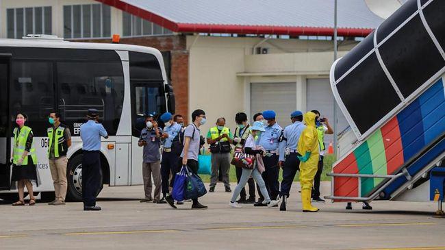 Politikus NasDem Syarief Alkadrie mengatakan seharusnya 153 WN China tidak boleh masuk ke Indonesia selama ada kebijakan pelarangan WNA.