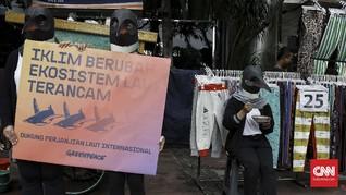 FOTO : Aksi Greenpeace Desak Perjanjian Laut Internasional