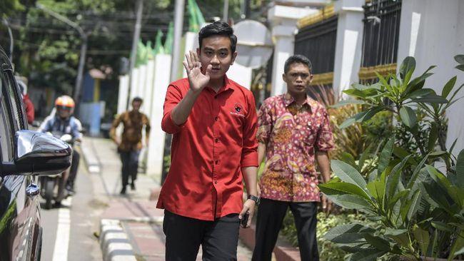 Wakil Ketua Umum Gerindra, Sufmi Dasco Ahmad mengakui faktor koalisi di pusat menjadi salah satu alasan Prabowo merestui dukungan untuk Gibran.