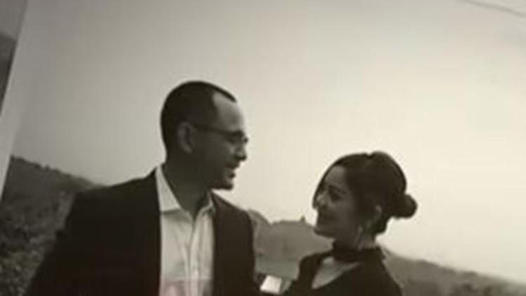 Simak artikel terpopuler HaiBunda hari ini. Mulai dari kisah cinta cucu Soeharto dengan pramugari tajir hingga nama bayi perempuan yang memiliki makna cinta.