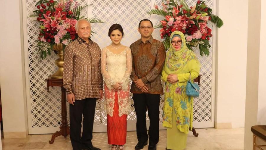 Akad Bugis, Cucu Soeharto & Pramugari Tajir Resepsi dengan Adat Jawa-Sunda