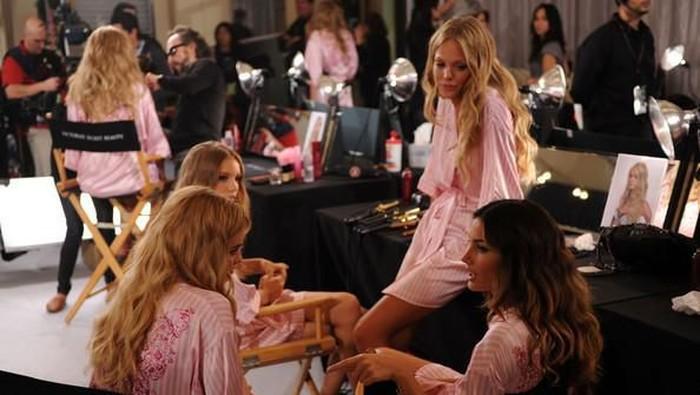 Tips Diet dan Olahraga Ala Victoria's Secret Angels