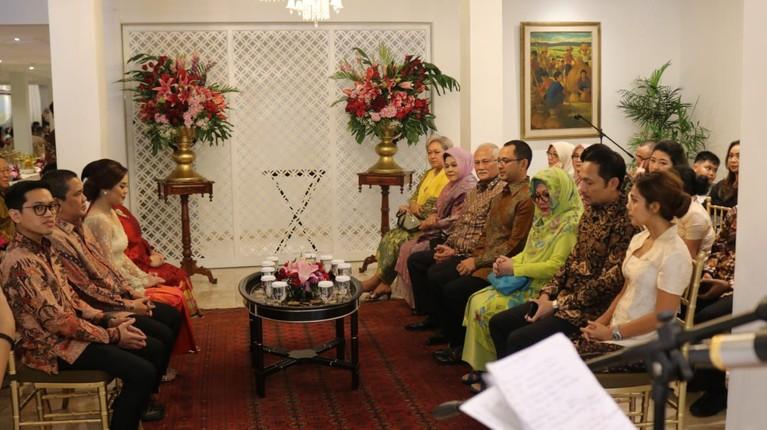 Keduanya akan melangsungkan akad nikah pada 15 Februari 2020 di Hotel Mulia, Jakarta.