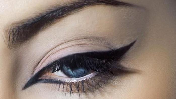 Eyeliner Terbaik di 2015