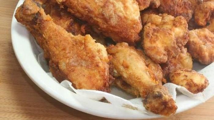 Ingin Ayam KFC yang Lebih Sehat? Coba Buat Sendiri Yuk di Rumah!