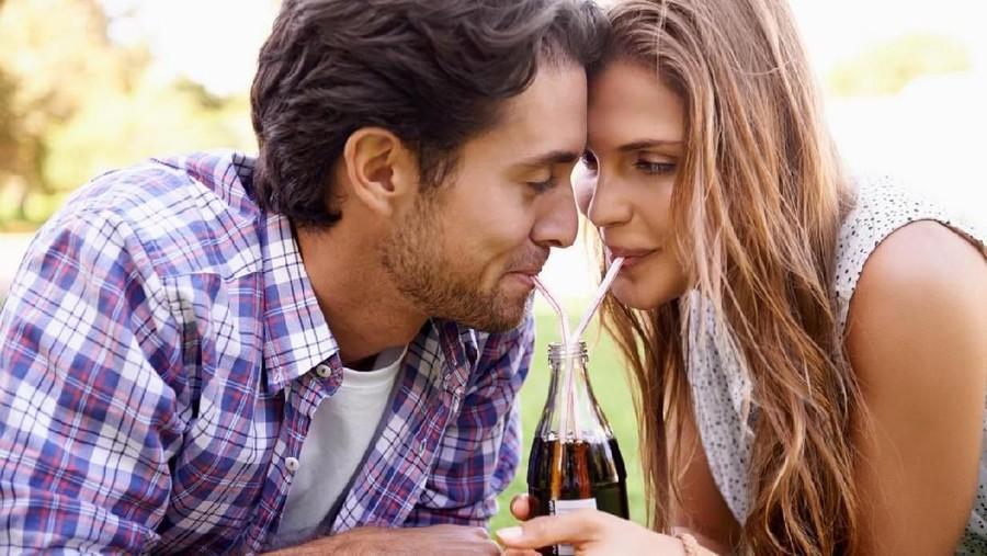 Mitos Seks: Gunakan Soda Setelah Bercinta Bisa Cegah Kehamilan