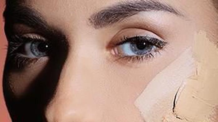 Lakukan Trik Ini untuk Hasil Makeup Flawless pada Wajah Kering