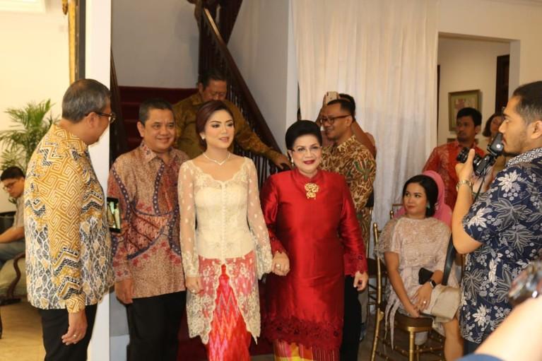 Raiyah Caesaria dan Danny Bimo Hendro Utomo diketahui berpacaran sejak 2018 silam. Bahkan, kabar menyebutkan bahwa keduanya berpacaran sebelum Lulu Tobing dan Bani M Mulia bertunangan.