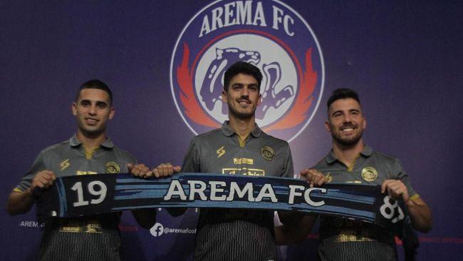 Setelah kehilangan pelatih Mario Gomez, Arema juga terancam ditinggal penyerang asing Jonathan Bauman.