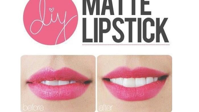 Beauty Hack! Buat Lipstick Jenis Apapun Menjadi Matte dengan Trik Ini!