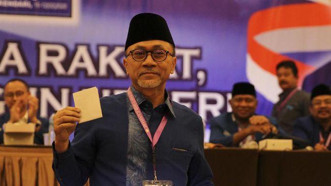 Ketua Umum PAN, Zulkifli Hasan mengatakan kotak kosong merupakan pilihan demokrasi yang muncul dan tak bisa dielakkan.
