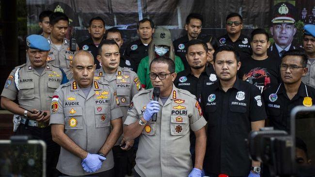 Aksi penangkapan pesohor Lucinta Luna terkait penyalahgunaan narkoba sempat membuahkan polemik terkait identitas gender.