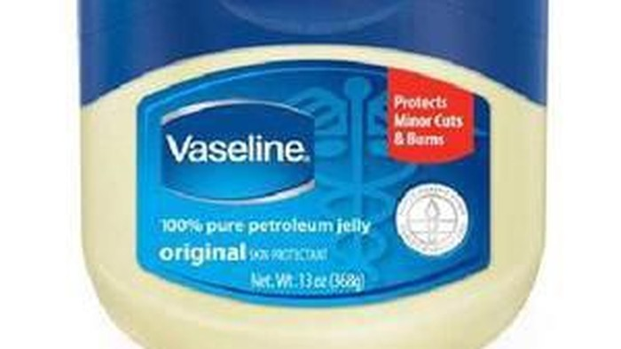 Inilah 6 Manfaat Petroleum Jelly untuk Kecantikan!