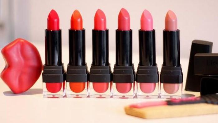 Cantik Tak Perlu Mahal, Inilah 4 Lipstick Lokal Di Bawah Rp 20.000 yang Patut Kamu Coba