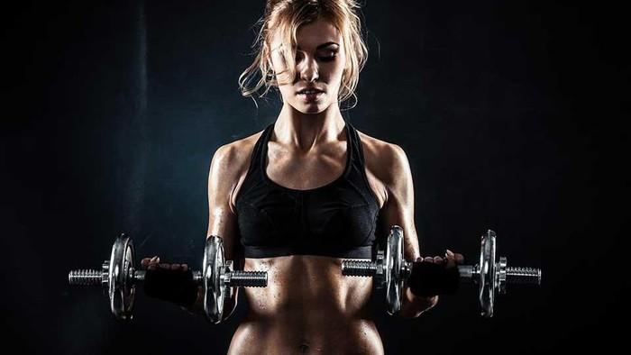 4 Latihan Beban Wajib Coba yang Cocok untuk Wanita!