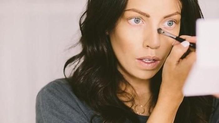 Makeup Tips Simple yang Bisa Membuat Hidungmu Terlihat Kecil dan Mancung