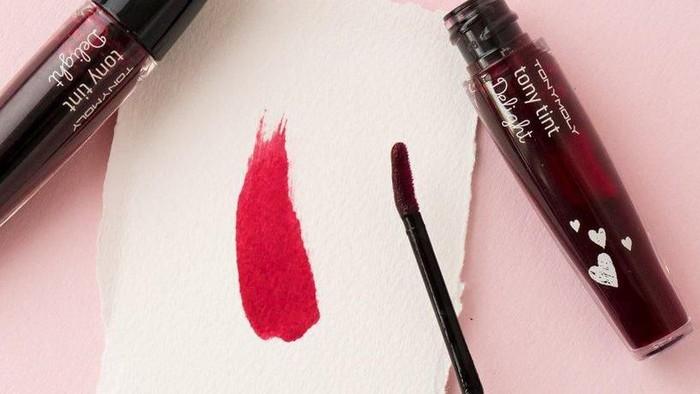 Banyak yang Memalsukan, Ini 4 Cara Membedakaan Lip Tint Tony Moly yang Asli dan Palsu