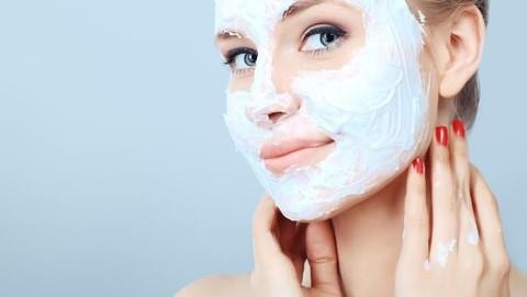 Gak Perlu Ribet 6 Masker Alami Ini Ampuh Untuk Memutihkan Wajah Lho