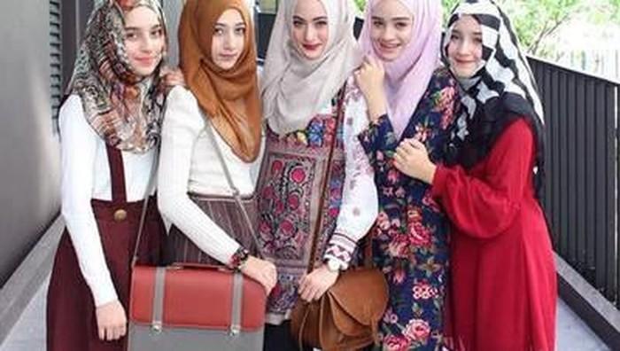 Ini Kesalahan Menggunakan Hijab yang Masih Dilakukan Banyak Hijabers!