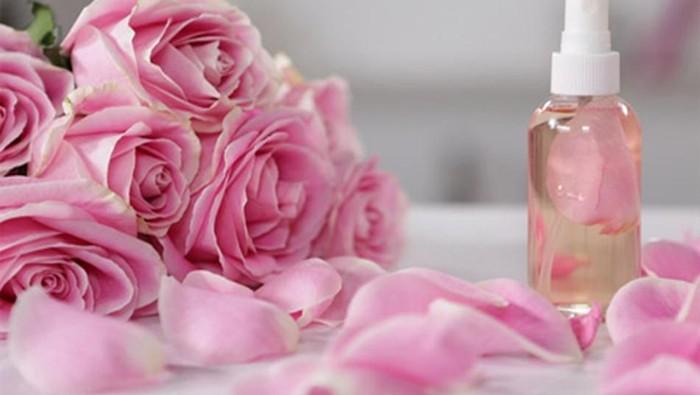 #BeautynesianShare Hai Ladies! Ini Rekomendasi Air Mawar yang Bagus dan Terjangkau!