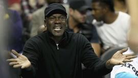 Sejarah Julur Lidah Sakti Michael Jordan