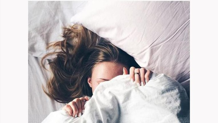 Lakukan Hal Berikut Saat Tak Bisa Tidur karena Rasa Lapar yang Melanda
