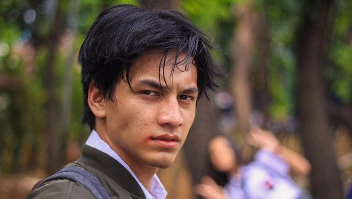 Menurut Kalian, Aktor Muda Jefri Nichol Itu Ganteng Gak Sih?