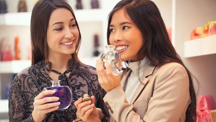 Wajib Coba Nih, Koleksi Parfum Favorit dari The Body Shop