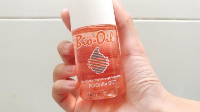 #askbeautynesian Kalau kulit berminyak boleh gak ya pakai Bio Oil untuk menghilangkan bekas jerawat??