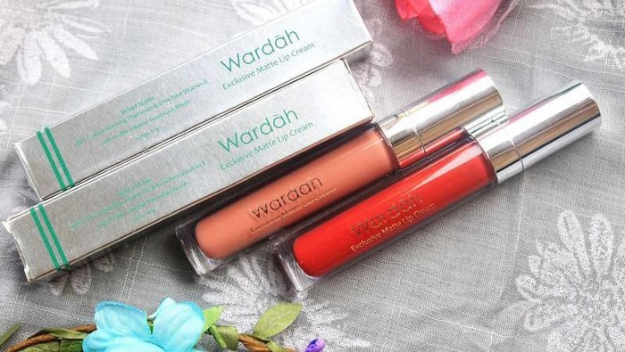 Wardah Lebih Bagus Lip Cream Atau Lipstiknya Ya?