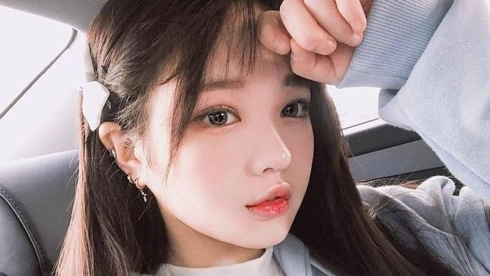 Ini Dia Base Makeup yang Bisa Bikin Wajahmu Dewy dan Glowing ala Cewek Korea!