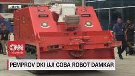 VIDEO: Pemprov DKI Uji Coba Robot Damkar