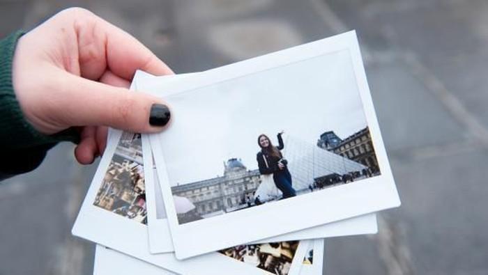 [FORUM] Lebih suka koleksi foto di hp atau koleksi foto yang udah di cetak ya?
