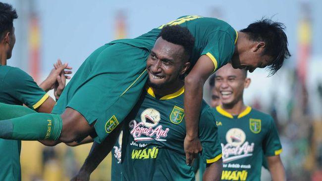 Persebaya Surabaya akan menghadapi Arema FC di semifinal Piala Gubernur Jatim demi satu tiket menuju partai puncak.