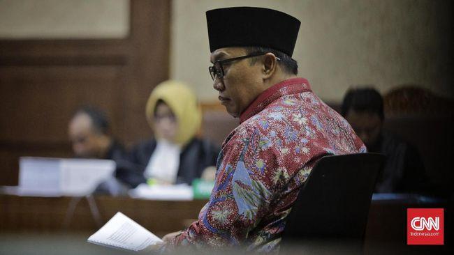 Mantan Menpora Imam Nahrawi mengikuti sidang perdana kasus dugaan korupsi penerimaan suap terkait penyaluran dana hibah untuk KONI dari Kemenpora. di Pengadilan Tipikor. Jakarta, Jumat 14 Februari 2020. CNN Indonesia/ Adhi Wicaksono