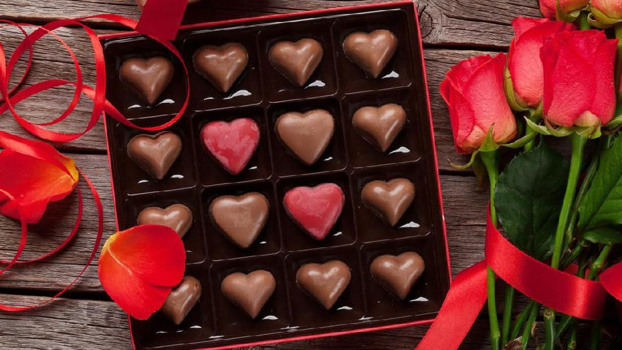 Arab Saudi Izinkan Hari Valentine, Cokelat dan Hiasan Hati Tak Lagi Dirazia