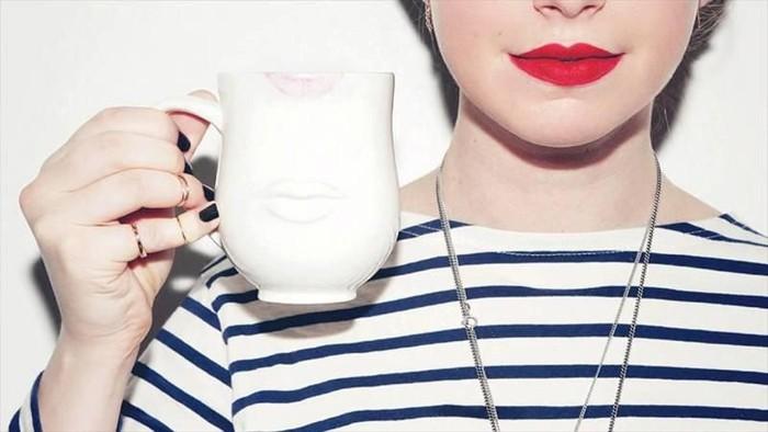 [FORUM] Sebel deh kalo lipstick transfer ke gelas!