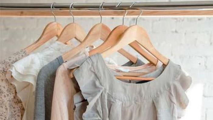 [FORUM] Beli baju preloved yang kualitasnya masih oke dimana ya?