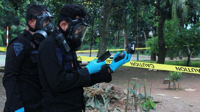 Humas BATAN meminta semua pihak menunggu laporan polisi terkait alasan SM menyimpan zat radioaktif Cs-137 di rumahnya, Perumahan Batan Indah, Tangsel.