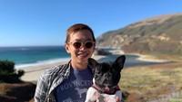 <p>Selain mengunggah foto anjing kesayangannya, Alfandy juga sering mengunggah dirinya saat travelling. (Foto: Instagram @alfandynp)</p>