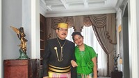 <p>Mayangsari dan anak semata wayangnya, Khirani Siti Hartina Trihatmodjo ikut hadir bersama Bambang Trihatmodjo ke acara pernikahan Danny Rukmana Sabtu (16/2/2020). (Foto: Instagram @mayangsaritrihatmodjoreal)</p>