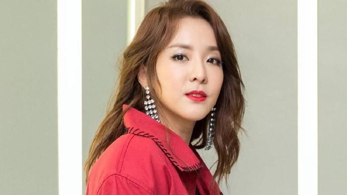 Jadi Mi Instan Terenak di Dunia, 5 Bintang Korea Ini Ketagihan Indomie!