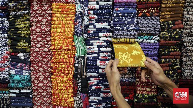 Menteri Perindustrian Agus Gumiwang Kartasasmita mengungkap ekspor batik meningkat menjadi US$21,54 juta pada periode Januari-Juli 2020.